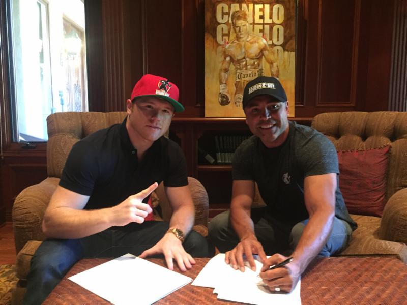 Сауль Альварес продлевает контракт с Golden Boy, boxingscene.com