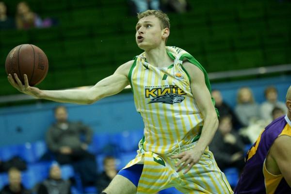 Максим Лукьянов имеет неплохие шансы стать одним из лучших снайперов чемпионата, фото БК Киев
