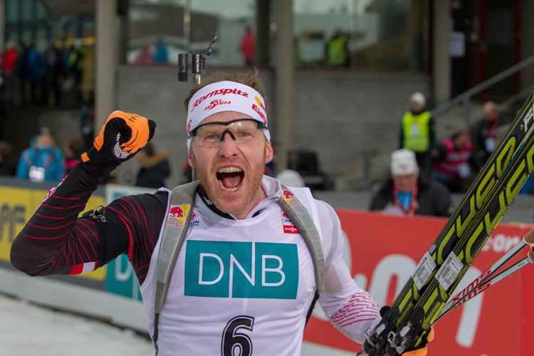 Одну  из двух личных побед на этапах Кубка мира Симон Эдер добыл в Холменколлене, NordicFocus.