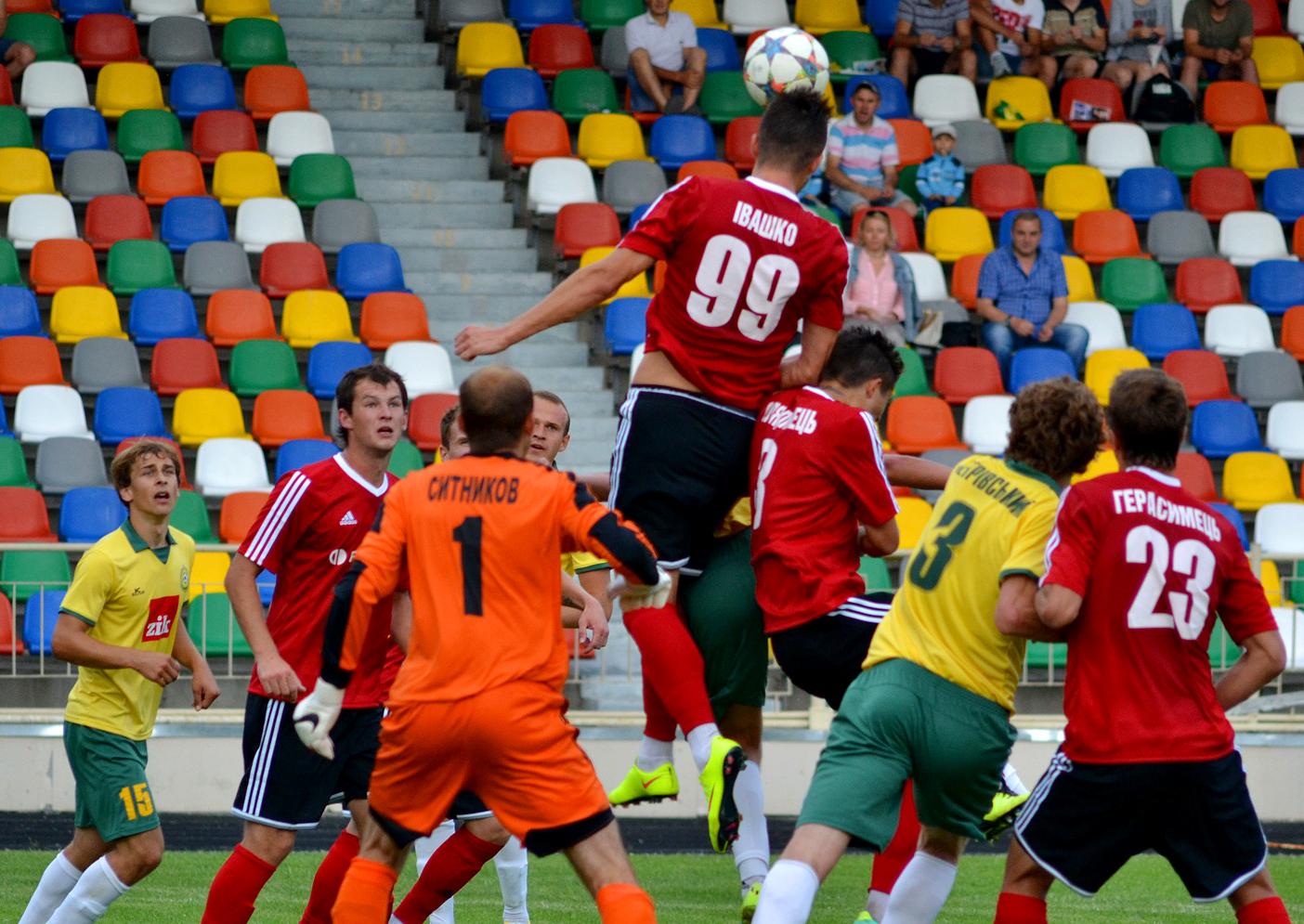 Гірник-Спорт двічі оступився у матчах з Нивою. І не лише він, фото fcnyva.com
