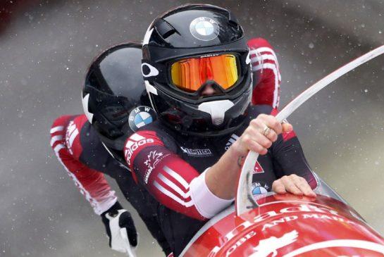 Двукратная Олимпийская чемпионка Кэйли Хамфрис (на переднем плане) попытается вернуть себе лидерство в женском бобслее, Getty Images