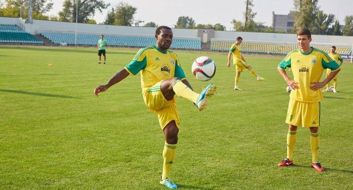 Опорнику Колинсу есть что показать даже форвардам, фото fc-avangard.com.ua