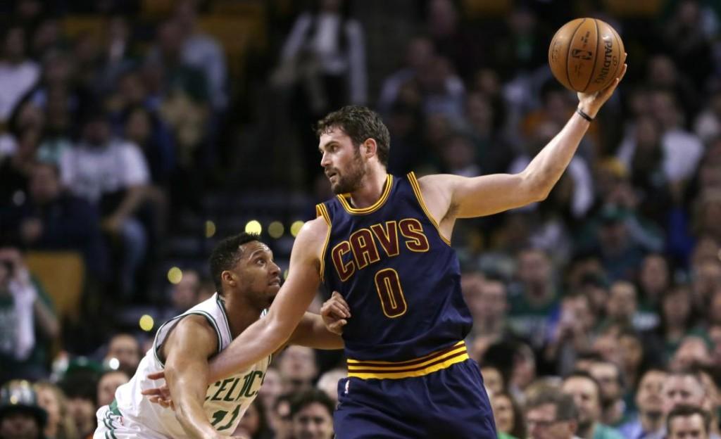 Кевин Лав в этом сезоне является наиболее эффективным игроком в НБА по игре спиной к кольцу, фото АР
