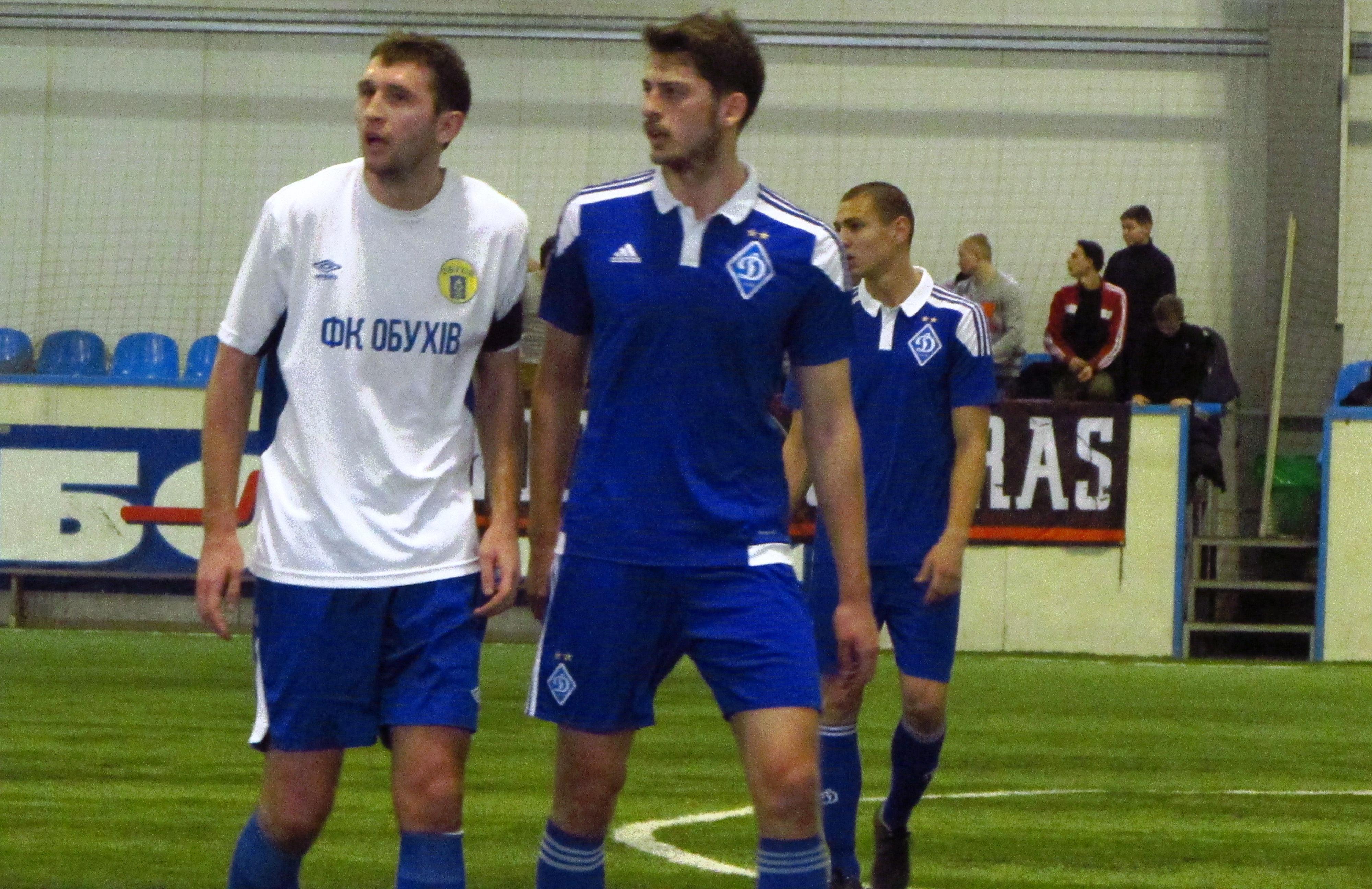 Паничев (слева) рядом с динамовским грузином Джгереная, фото Артура Валерко, Sport Arena