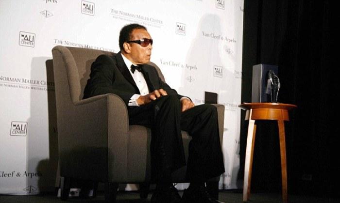 Мохаммед Али будет посмертно награжден еще одним трофеем