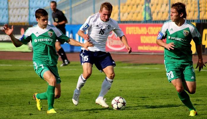 Дмитрий Трухин (по центру), footboom.com