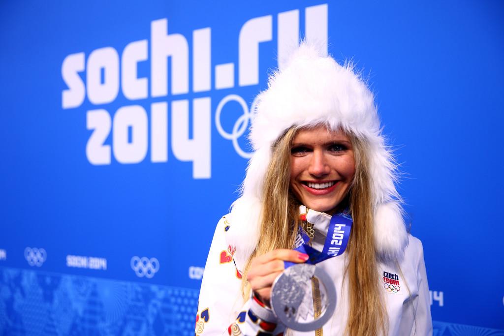 Навіть в білій формі Габі змогла виграти срібло в індивідуальній гонці, Getty Images