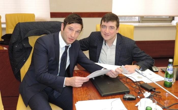 Менеджер УЕФА по маркетингу Ноэль Муни и Сергей Макаров
