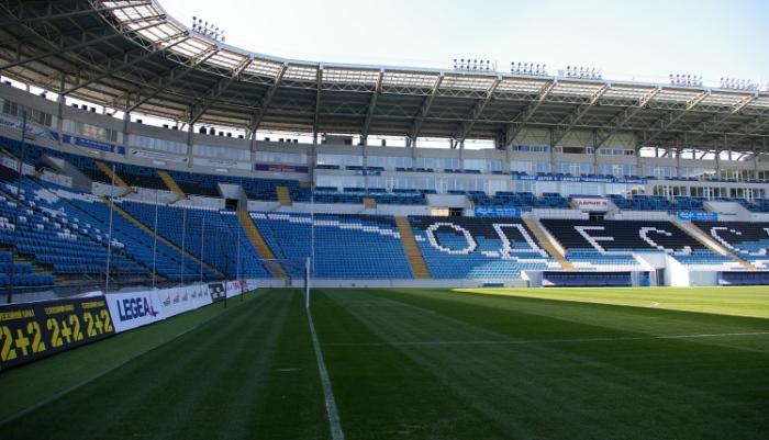Сейчас арена вмещает 34 тысячи болельщиков, фото Максима Сухенко