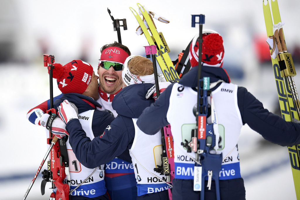 Радость норвежской эстафетной четверки после победы на чемпионате мира, Zimbio