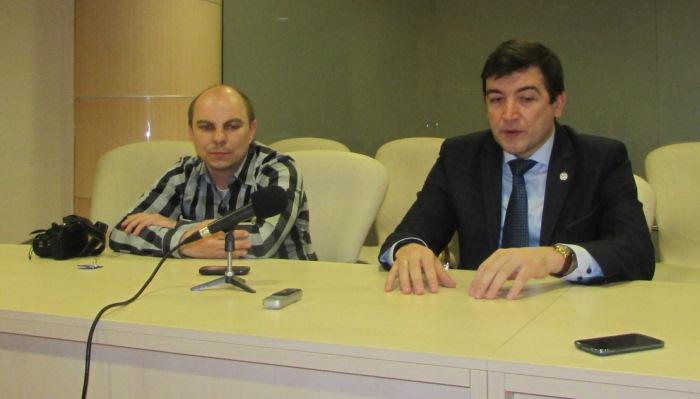 Сергей Макаров (справа), фото Артура Валерко