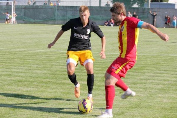 Олег Допилка (справа) – один из самых опытных игроков современной Зирки