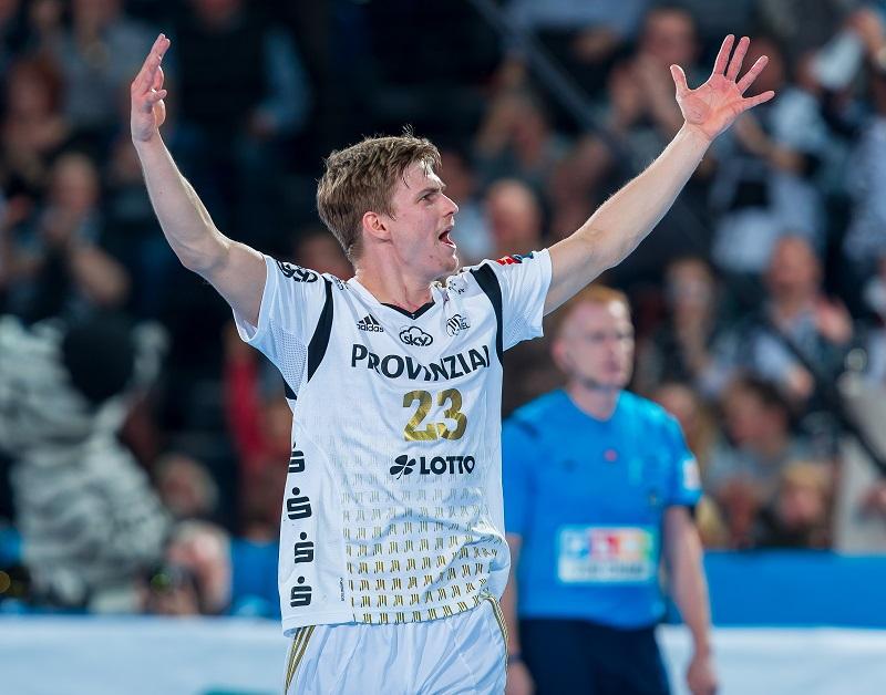 Руне Дамке (Киль) - один из лучших игроков матча, thw-handball.de