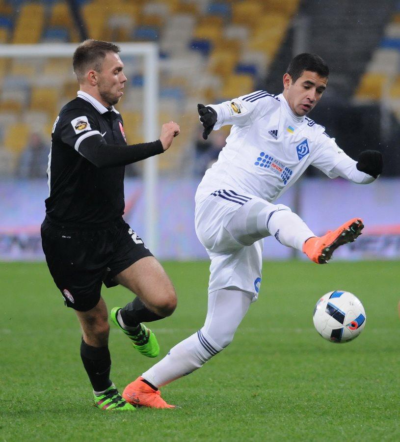 Александр Караваев (слева), football.ua