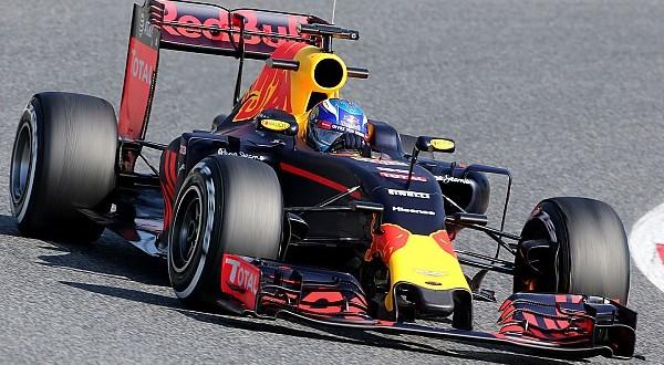 Ферстаппен быстрее всех в финальный день тестов в Барселоне