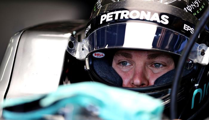 Росберг теряет второе место Гран-при Великобритании