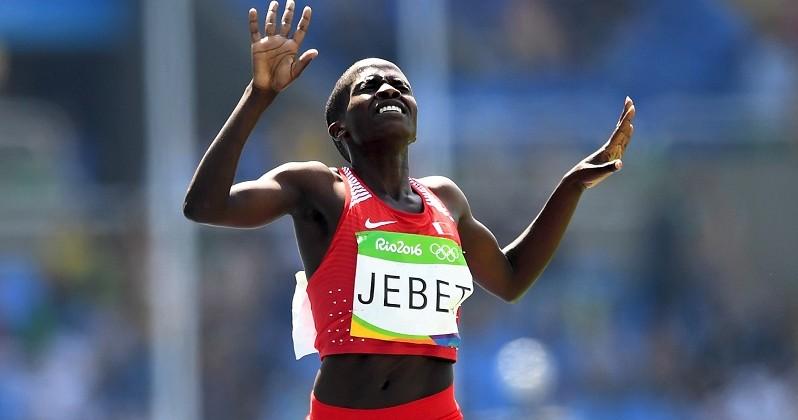 Рут Джебет изБахрейна стала олимпийской чемпионкой встипль-чезе