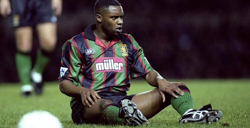 Прошлый игрок «Манчестер Сити» и«Астон Виллы» скончался после удара электрошокером