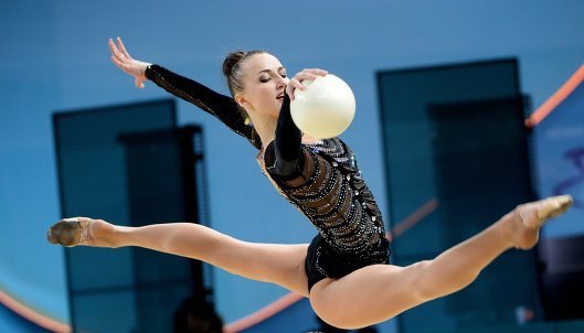Ризатдинова оттесняет конкуренток за бронзу