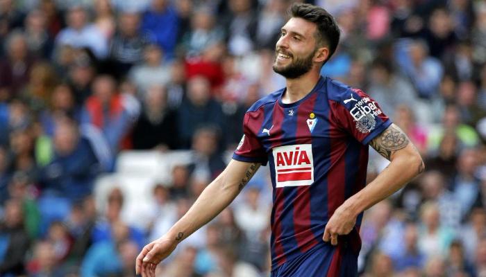 «Суонси» купил форварда «Атлетико» зарекордные для клуба деньги
