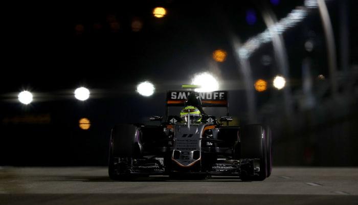 Перес оштрафован ипотеряет восемь позиций настарте Гран-при Сингапура