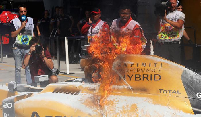 Halo недля горящей машины— Кевин Магнуссен