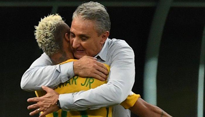 Неймар забил победный мяч сборной Бразилии вматче сКолумбией