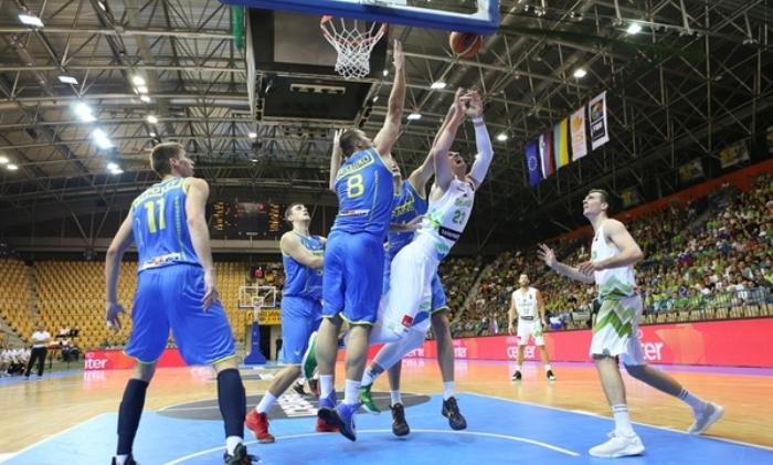 Сборная Украины одержала выездную победу вотборе наЕвробаскет