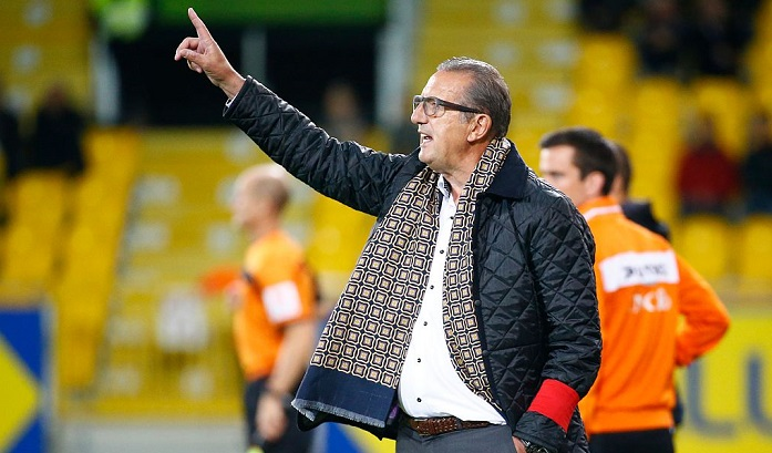 Усборной Алжира новый тренер