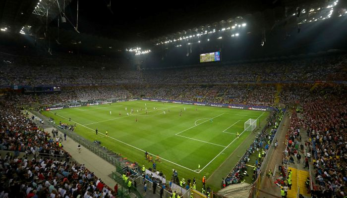 Интер в среднем посещают на 10 тысяч фанов больше, чем Милан