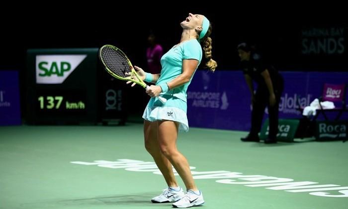Кузнецова обыграла Плишкову вовтором матче Итогового турнира WTA