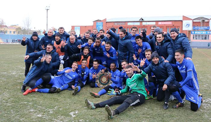 «Астана» в 3-й раз подряд стала чемпионом Казахстана пофутболу