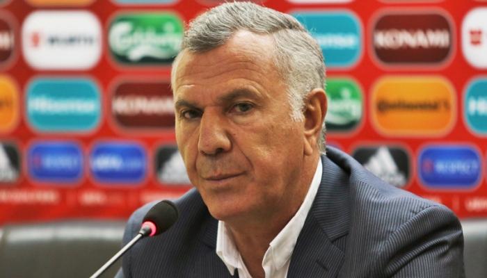 Главный тренер сборной Армении подал вотставку