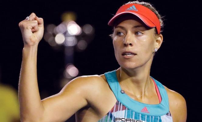 Кербер выиграла уХалеп наитоговом турнире WTA