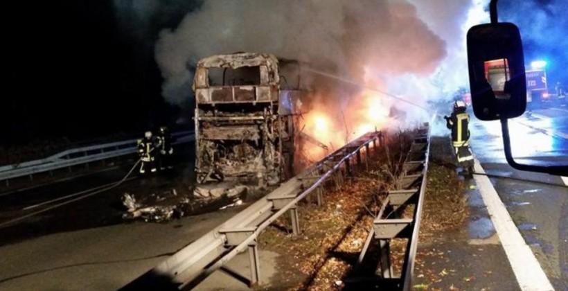 ВГермании сгорел автобус футбольных фанатов