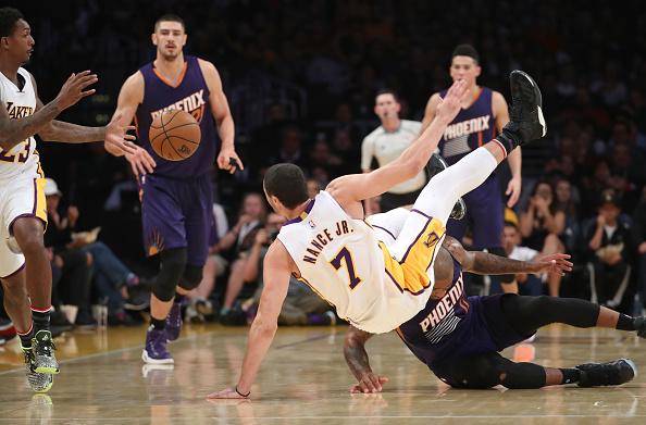 Мозгов впобедном матче НБА с«Финикс Санз» набрал 14 очков