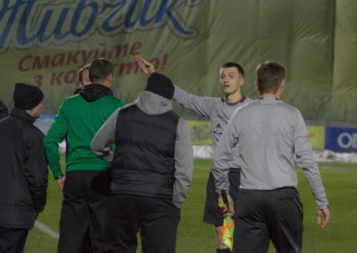 Столичное дерби дало 5 удалений, фото fcbrovar.obolon.ua