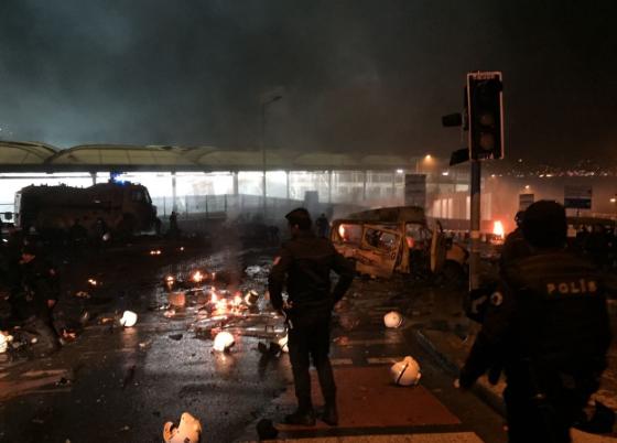 Новые данные: из-за теракта устадиона «Бешикташа» вСтамбуле погибли 29 человек