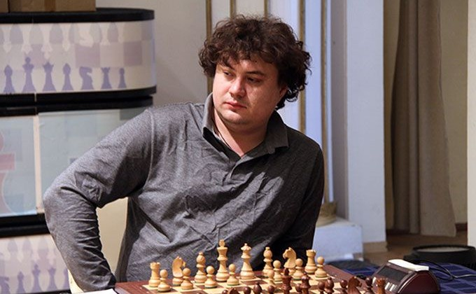 Карякин проиграл первую партию наЧМ побыстрым шахматам вДохе