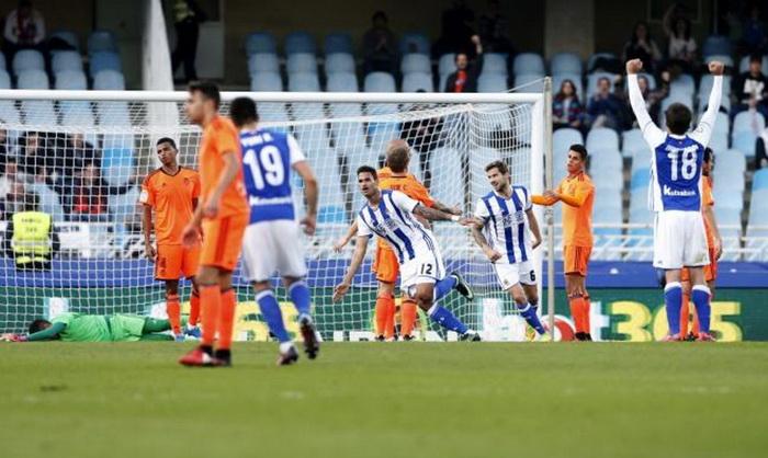 Голкипер «Валенсии» Алвес отразил 20-й пенальти вПримере