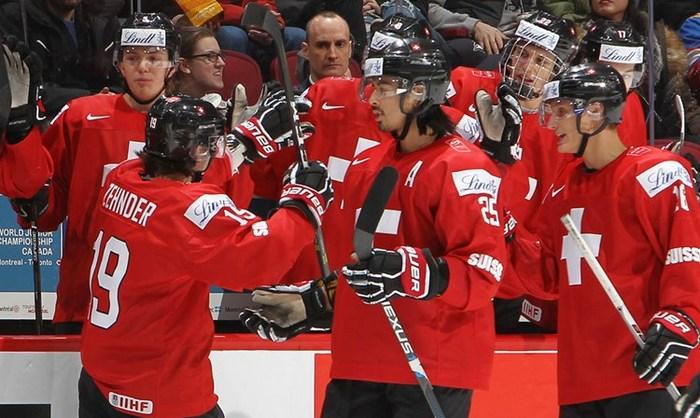 Финские хоккеисты невышли вплей-офф молодежного чемпионата мира