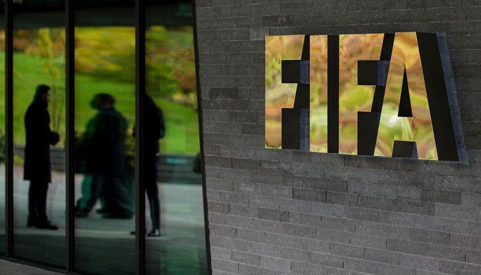 Компания, дававшая взятки депутатам ФИФА, заплатила 105 млн евро замировое соглашение