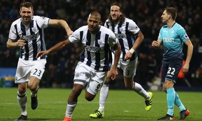 Рондон стал вторым футболистом, забившим три гола головой водном матче АПЛ