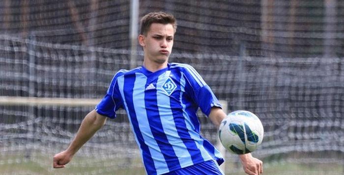 Динамо Киев продлило контракты с Шепелевым и Ледневым