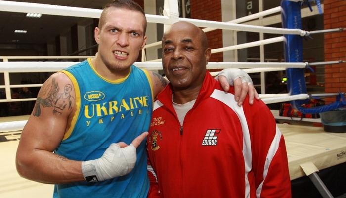 Хотелбы провести бой с русским чемпионом Муратом Гассиевым— Усик