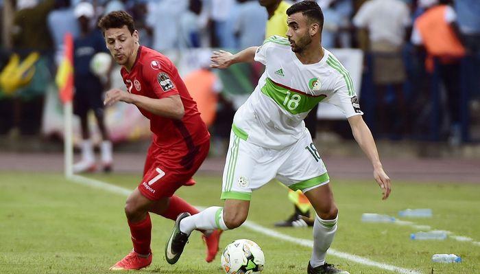 Сборная Туниса обыграла команду Алжира вматче Кубка африканских наций пофутболу