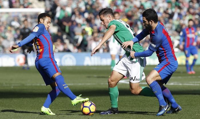 «Барселона» теряет очки вматче против «Бетиса»