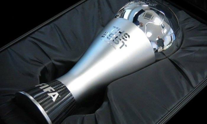 Лучшим футболистом следующего года поверсии ФИФА стал Криштиану Роналду