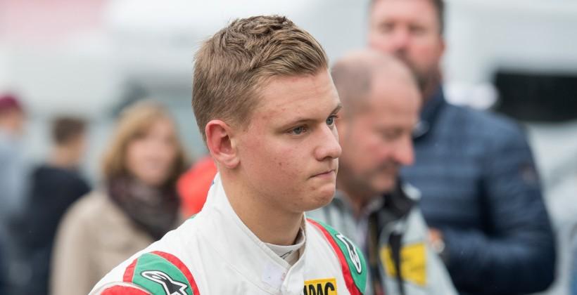 Берни Экклстоун ожидает Шумахера-младшего вФормуле 1