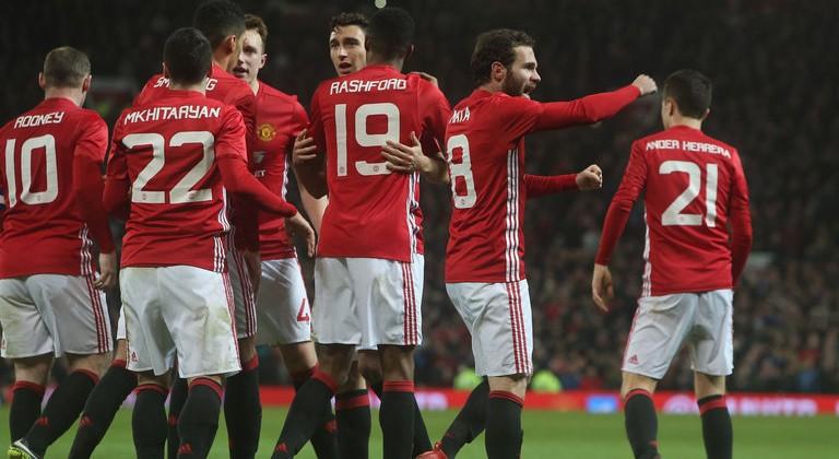 «Юнайтед» приблизился кфиналу Кубка Лиги, обыграв «Халл»